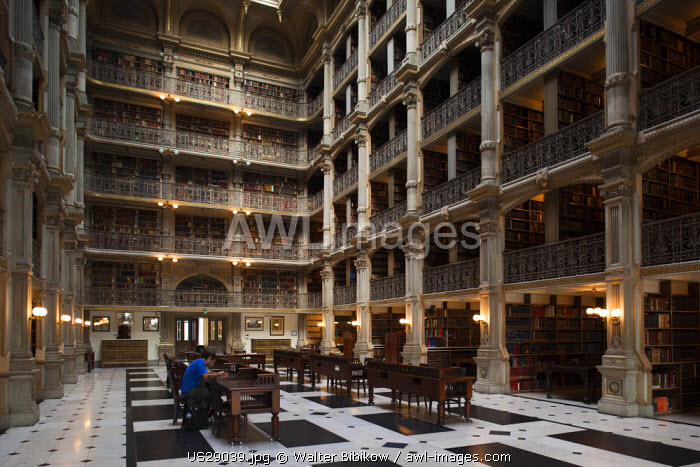 USA, Maryland, Baltimore, library at the Peabody Institute at Johns Hopkins University