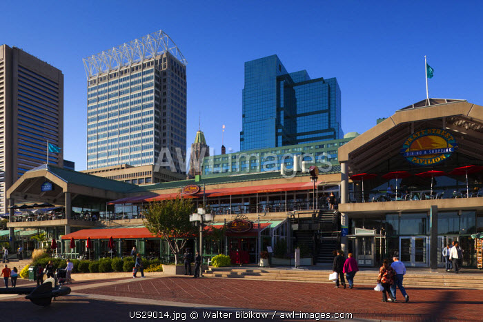 USA, Maryland, Baltimore, Inner Harbor, Harborplace Mall