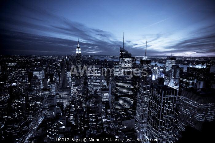USA, New York City, Empire State Building and lower Manhattan Skyline