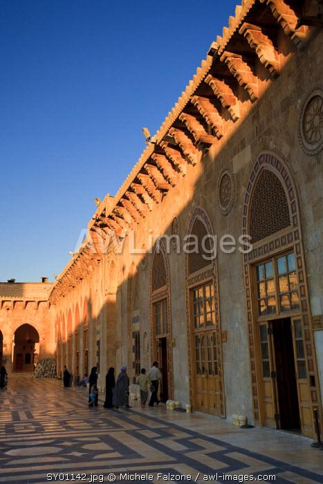 Syria, Aleppo, The Old Town (UNESCO Site), Great Mosque (Al Jamaa al Kebir)