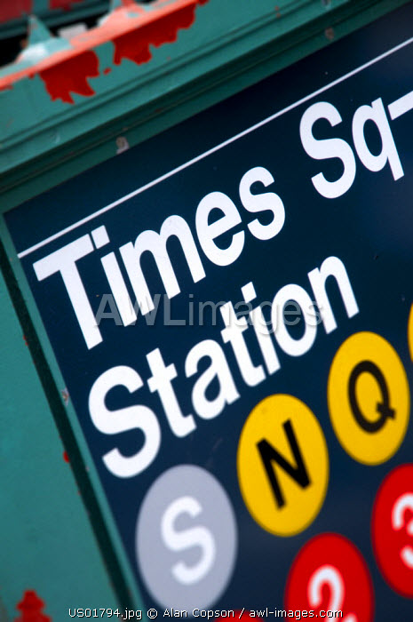 USA, New York, Manhattan, Midtown, Times Square Subway Station