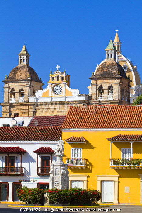 Colombia, Bolivar, Cartagena De Indias, Plaza de la Aduana - the largest and oldest square in the old city
