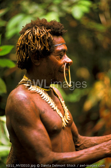 AWL Images Indonesia, Irian Jaya  Man of the Korowai tribe
