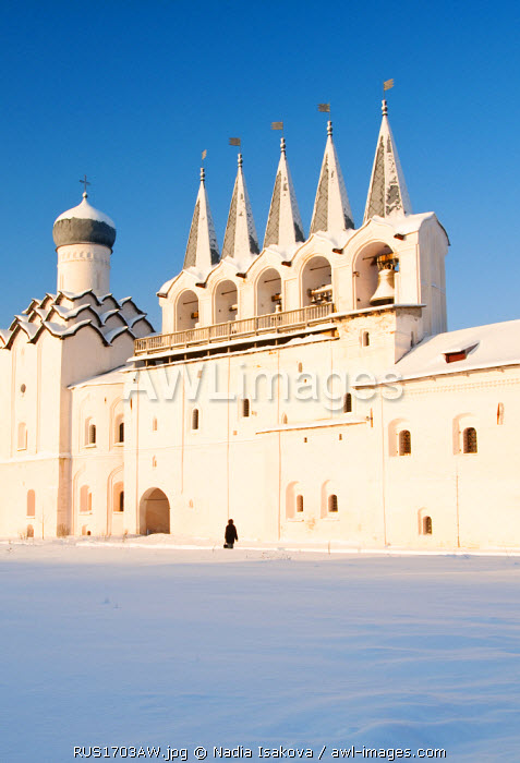 awl-images.com - Russia / Monastery of the Dormition of the Mother of God in winter, Tikhvin, Leningrad region, Russia