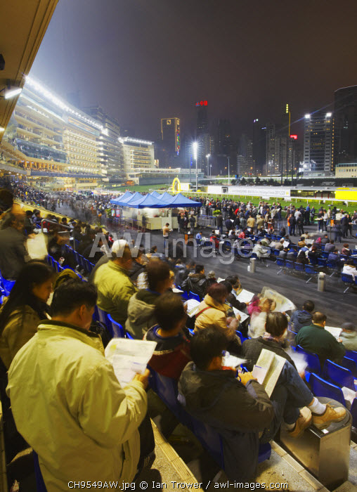 awl-images.com - China / Night race at Happy Valley racecourse, Causeway Bay, Hong Kong, China