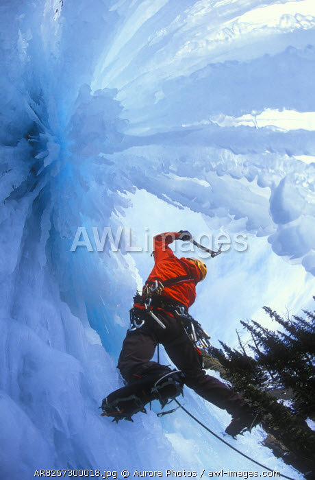 awl-images.com - Canada / Man ice climbing Wicked Wanda in British Columbia, Canada