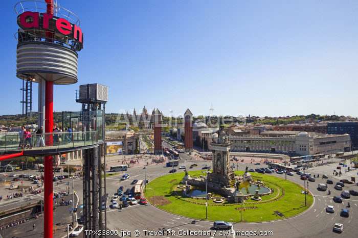 awl-images.com - Spain / Spain, Barcelona, View of Placa Espanya from the Las Arenas Shopping Centre