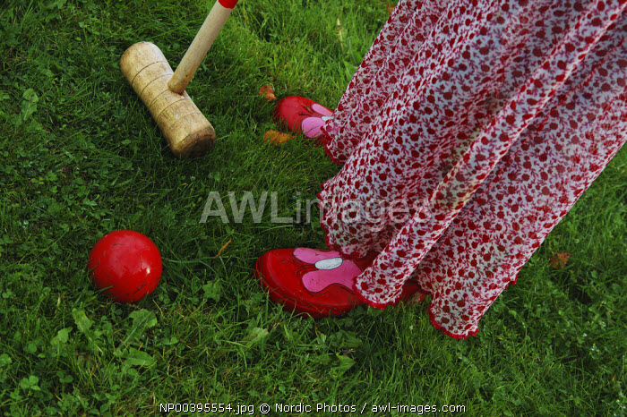 awl-images.com - Sweden / Girl playing croquet, Sweden