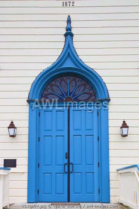 awl-images.com - USA / USA, California, San Francisco Bay Area, Half Moon Bay, doorway of the Community United Baptist Church