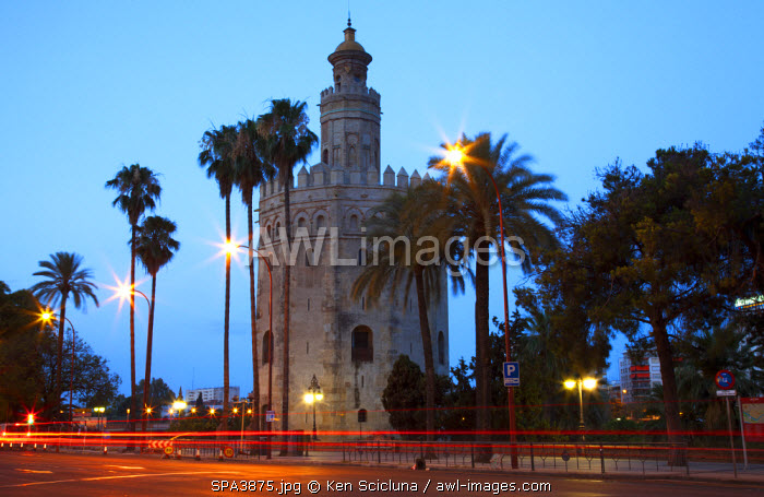 awl-images.com - Spain / Spain, Andalusia, Seville; The 'Torre del Oro'