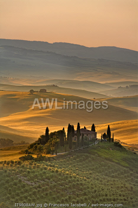 awl-images.com - Italy / Italy, Tuscany, Siena district, Orcia Valley, Podere Belvedere near San Quirico d'Orcia