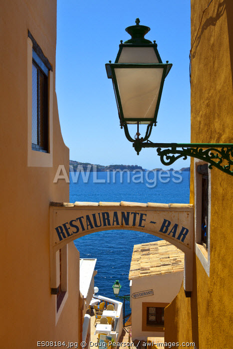awl-images.com - Spain / Restaurant sign, Cala Fornells, Mallorca, Balearic Islands, Spain