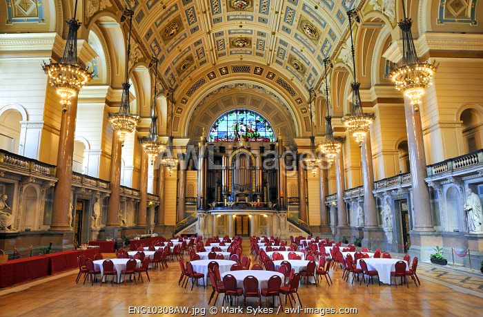 Europe, England, Lancashire, Liverpool, St George's Hall.