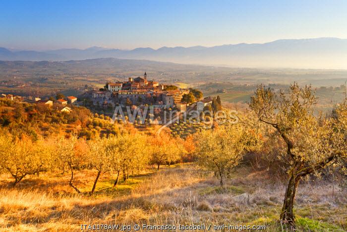 Italy, Umbria, Perugia district, Giano dell'Umbria.