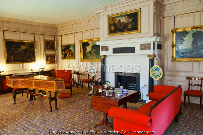 England, London, Richmond, Kew Palace, Queen's Drawing Room