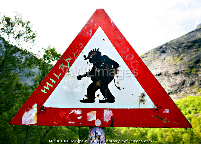 awl-images.com - Norway / Rauma, Norway: A Sign Of A Troll In The Start Of The Troll Path, Made As A Joke.