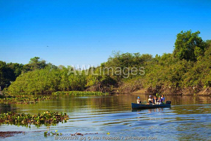 South America, Brazil, Mato Grosso do Sul, ecotourists bird watching on the Rio Salobra in Miranda
