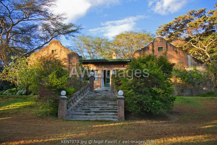 An old Kenya settler�s farmhouse built of locally made bricks, Moiben, Kenya