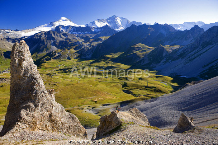 France, Tignes, Vanoise Massif, view on the Grande Motte (3656m) and the Grande Casse (3852m) from the Aiguille Percee