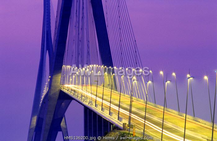 France, Seine Maritime, Pont de Normandie (Normandy Bridge)