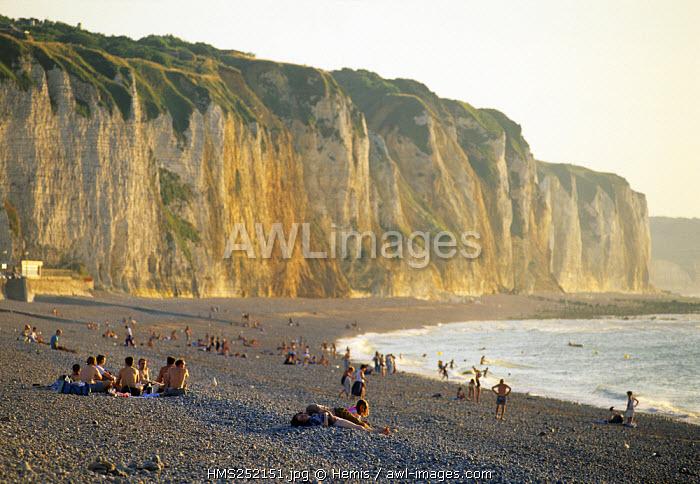 France, Seine Maritime, Pays de Caux, Cote d'Albatre, cliffs of Dieppe