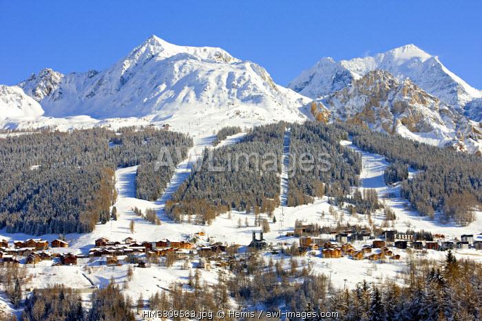 France, Savoie, Peisey Nancroix, paradiski, Mont Pourri 3779m and Aiguille Rouge 3226m