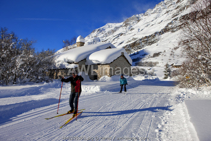France, Savoie, Maurienne Valley, Parc National de la Vanoise, Bessans, Le Villaron hamlet, Notre Dame des Graces Chapel, cross-country skiing area