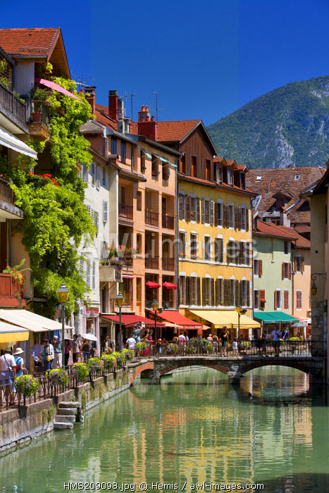 France, Haute Savoie, Annecy, Quai de l'Isle and the Thiou river