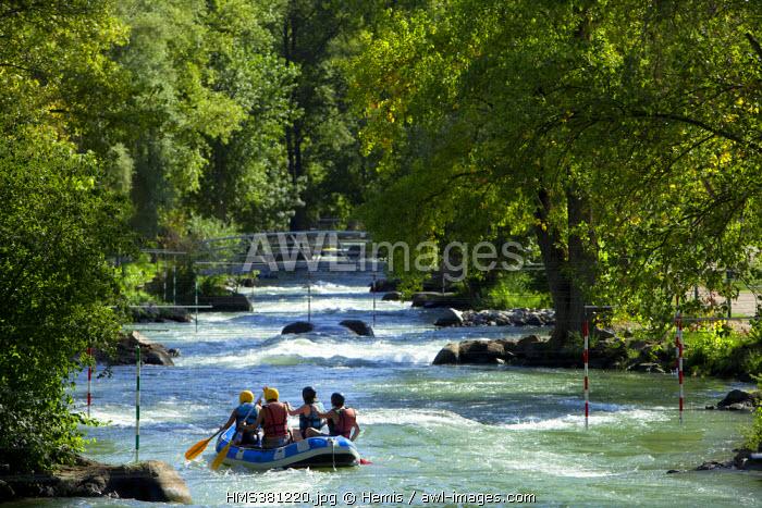 France, Loire, Saint Pierre de Boeuf, Artificial whitewater rafting