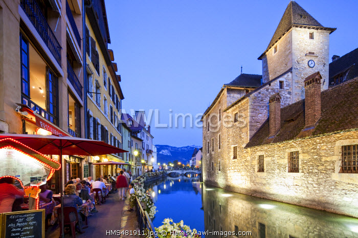 France, Haute Savoie, Annecy, old town on the Thiou river banks, former jails of Palais de l'Isle and the Isle Quays