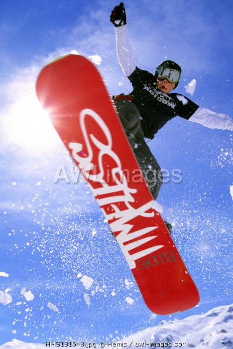 France, Savoie, snowboarder in Meribel