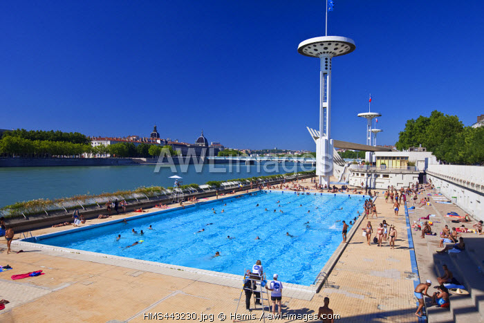 France, Rhone, Lyon, Quai Claude Bernard on Rhone river, the swimming pool