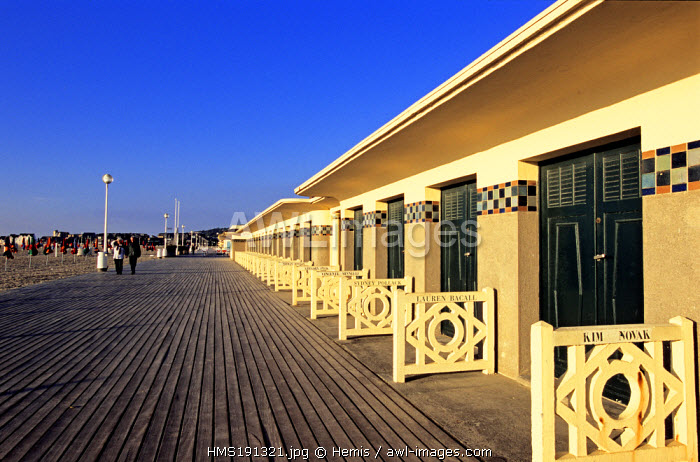 France, Calvados, Pays d' Auge, Deauville, wooden promenade and beach