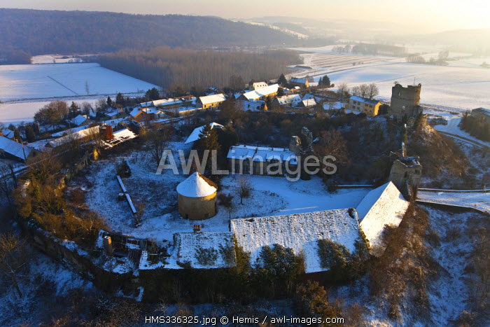 France, Eure, Epte Valley, Chateau sur Epte, 12th century fortress (aerial view)