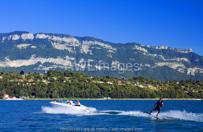 France, Savoie, Aix les Bains, the Lac du Bourget (Bourget Lake), Viviers du Lac and the Regional Park of the Bauges Mountains, water skiing