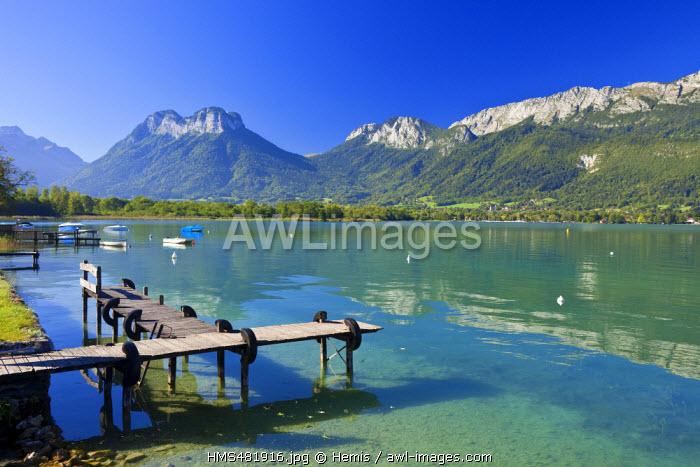 France, Haute Savoie, Verthier, Bout du Lac, Annecy lake with a view on Parc Naturel Regional du Massif des Bauges (Regional natural reserve of Massif des Bauges )