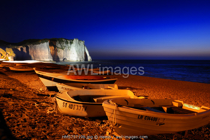 France, Seine Maritime, Pays de Caux, Cote d'Albatre (Alabaster Coast), Etretat, Aval cliff and the beach of the town with fishermen's boats