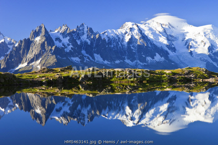 France, Haute Savoie, Chamonix Mont Blanc, lac des Cheserys in the Reserve naturelle nationale des Aiguilles Rouges (Aiguilles Rouges National Nature Reserve) with a view on the Mont Blanc (4810m) on the right and the Aiguilles of Chamonix