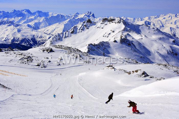 France, Savoie, Val Thorens, departure from Cime de Caron 3195m, model release