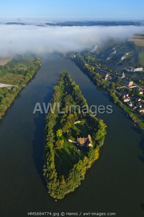 France, Eure, Les Andelys, Le Petit Andely, Ile du Chateau above the Seine (aerial view)