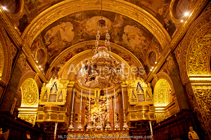 Mediterranean Europe, Malta. Interior of  the Baroque St.John's Co-Cathedral in Valletta built by the knights of St.John of Jerusalem. UNESCO