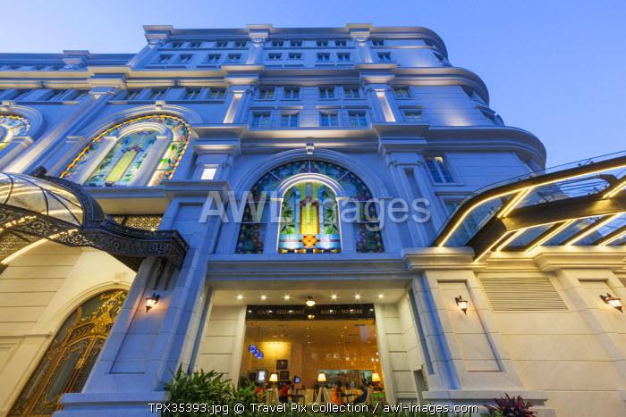Vietnam, Ho Chi Minh City, Vincom Shopping Center