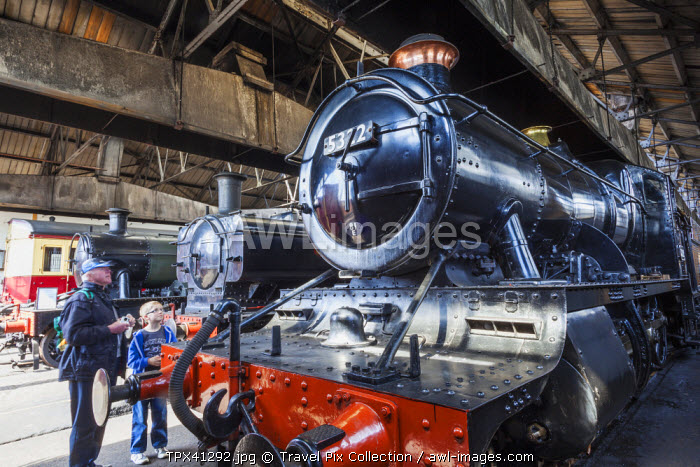 awl-images.com - England / England, Oxfordshire, Didcot, Didcot Railway Centre, Vintage Steam Trains