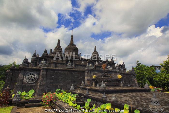 Indonesia, Bali, North Coast, Panjar, Brahama Vihara Arama Buddhist Temple, the most important in Bali