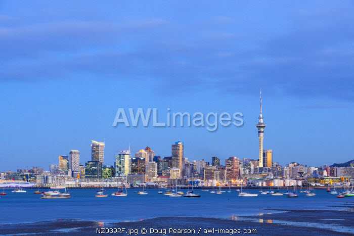 awl-images.com - New Zealand / City skyline & Waitemata Harbour, Auckland, Northland, North Island, New Zealand, Australasia