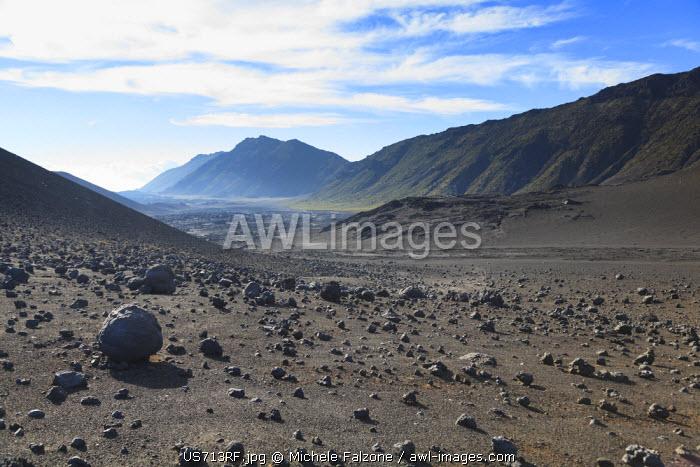 USA, Hawaii, Maui, Haleakala National Park, cinder cones inside Haleakala Caldera