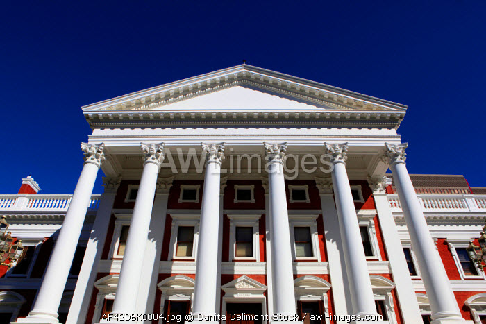 awl-images.com - South Africa / The House of Parliament in the downtown area of Cape Town, South Africa