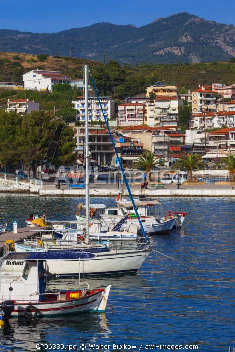 Greece, Central Macedonia Region, Halkidiki Area, Sithonia Peninsula, Neos Marmaras, harbor view