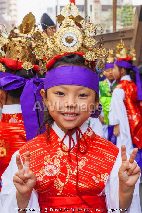 Japan, Honshu, Kanto, Tokyo, Asakusa, Jidai Matsurai Festival, Child in Costume