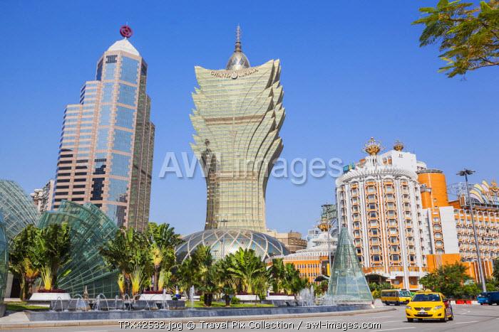 China, Macau, City Skyline with Hotel Grand Lisboa
